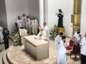 Konsekrácia kostola_1
